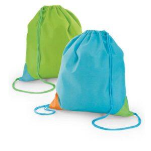 Mochila saco em non-woven: 80 g/m². Peça na cor azul claro ou verde claro.