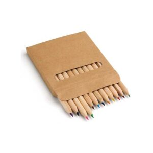Caixa com 12 lápis de cor. Peça na cor natural.