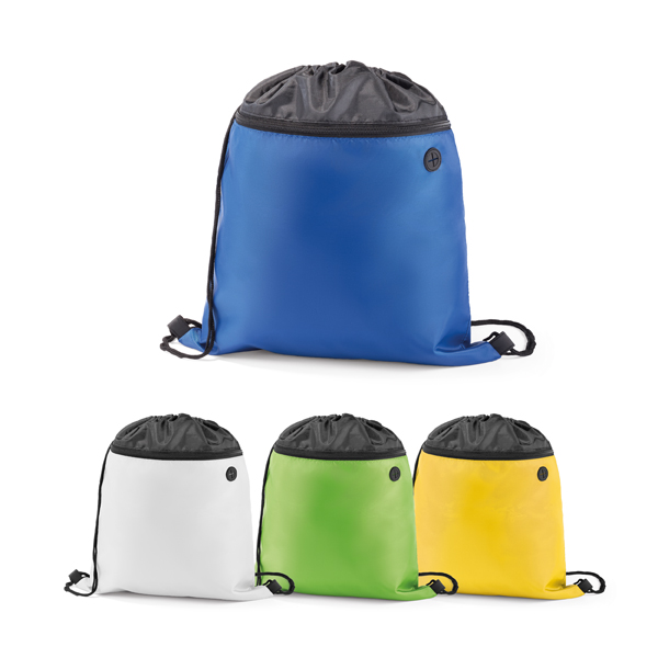 Sacola tipo mochila em 210D. Com bolso frontal e saída para fone de ouvido. Peças nas cores branco