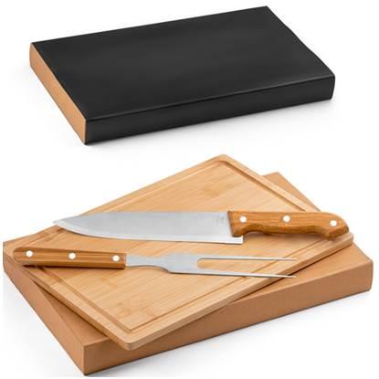 Kit churrasco de aço inox e bambu. Tábua e 2 peças em caixa kraft.